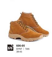 Sepatu Boots Pria Azzurra 606-05