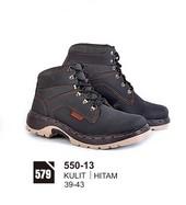 Sepatu Boots Pria Azzurra 550-13
