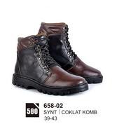 Sepatu Boots Pria Azzurra 658-02