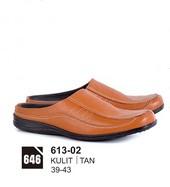 Sepatu Bustong Pria 613-02