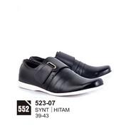 Sepatu Casual Pria 523-07