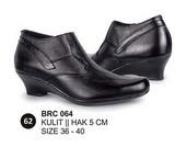 Sepatu Boots Kulit Wanita BRC 064