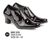 Sepatu Boots Wanita BRC 070