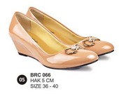 Sepatu Casual Wanita BRC 066