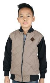 Pakaian Anak Laki CSE 159