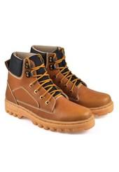 Sepatu Adventure Pria BSC 775