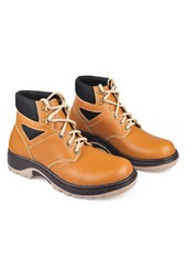 Sepatu Adventure Pria BSC 780
