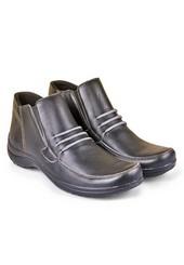 Sepatu Adventure Pria HMC 517