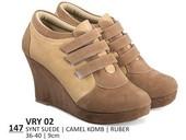 Sepatu Boots Wanita VRY 02