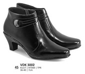 Sepatu Boots Wanita VDK 3002