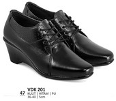 Sepatu Boots Wanita VDK 201