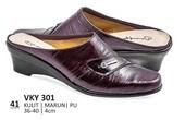 Sepatu Bustong Wanita VKY 301