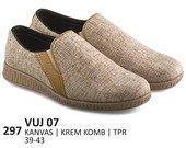 Sepatu Casual Pria VUJ 07