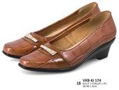 Sepatu Formal Wanita VKB 4J 174