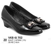 Sepatu Formal Wanita VKB 4J 702