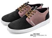Sepatu Sneakers Pria VRE 9004