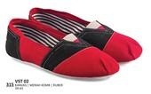 Sepatu Sneakers Pria VST 02