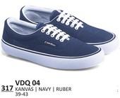 Sepatu Sneakers Pria VDQ 04