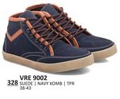 Sepatu Sneakers Pria VRE 9002
