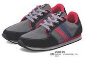 Sepatu Sneakers Pria VNDR 09