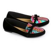 sepatu flat wanita E 493