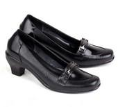 sepatu kerja wanita E 562