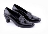 Sepatu Formal Wanita Garucci GLN 4232