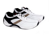 Sepatu Olahraga Pria GDA 068