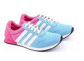 Sepatu Olahraga Wanita GDF 7224
