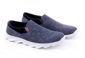 Sepatu Sneakers Pria GCM 1232