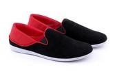 Sepatu Sneakers Pria GUR 1267