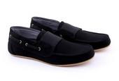 Sepatu Sneakers Pria GWA 1270