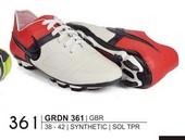 Sepatu Bola Pria GRDN 361