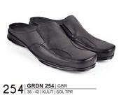 Sepatu Bustong Pria GRDN 254