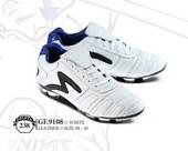 Sepatu Bola Pria GF 9108