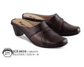 Sepatu Bustong Wanita GF 6616