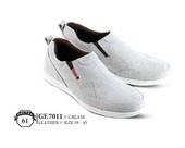 Sepatu Casual Pria GF 7011