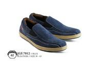 Sepatu Casual Pria GF 7012