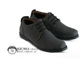Sepatu Casual Pria GF 7013
