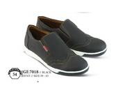 Sepatu Casual Pria GF 7018
