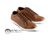 Sepatu Casual Pria GF 7402