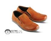 Sepatu Casual Pria GF 7901