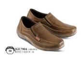 Sepatu Casual Pria GF 7904