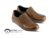 Sepatu Casual Pria GF 7905