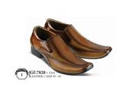 Sepatu Formal Pria GF 7828