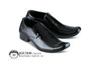 Sepatu Formal Pria GF 7830