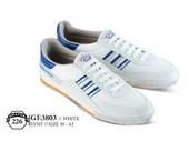 Sepatu Olahraga Pria GF 3803