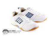 Sepatu Olahraga Pria GF 3804