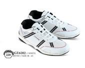 Sepatu Olahraga Pria GF 6202