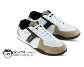 Sepatu Olahraga Pria GF 6203